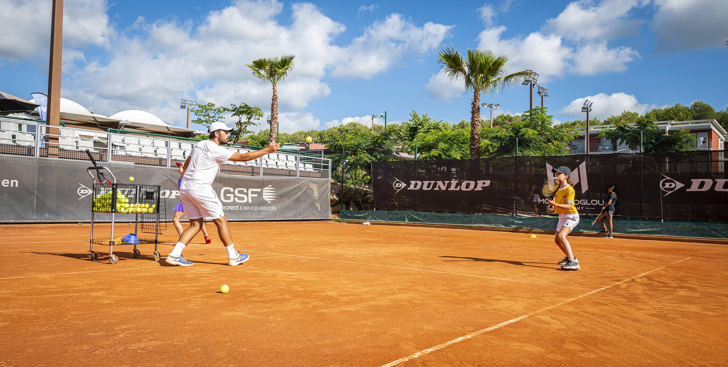 coaching tennis extérieur