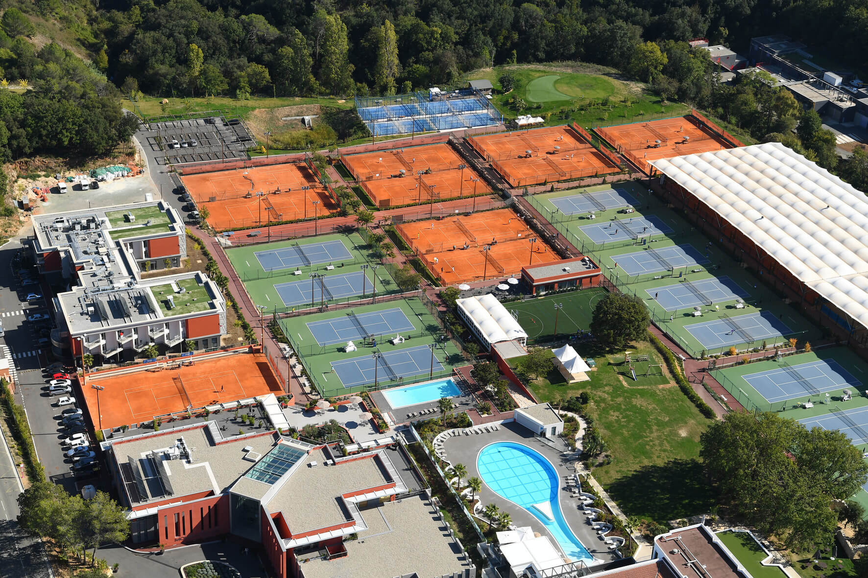 resort-tennis-academy